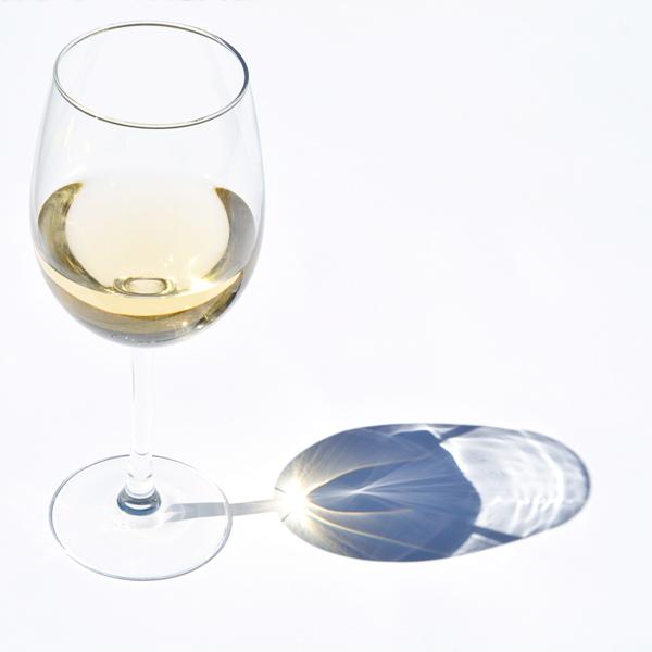 découvrez les vins blancs d'Histoire de Boire